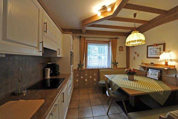 Foto della cucina Lastè