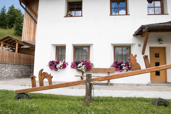Foto esterno in estate Apartments Ciasa Eghes