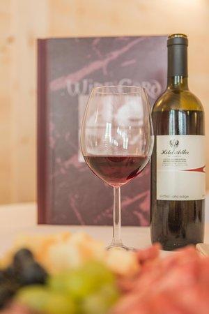 La cantina dei vini San Giovanni (Valle Aurina) Hotel Adler