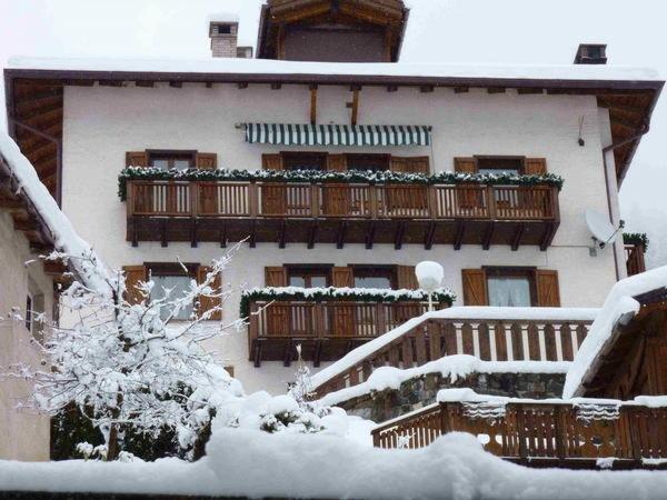 Foto invernale di presentazione Casa Alba - Appartamenti