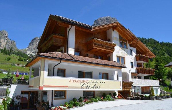 Foto estiva di presentazione Cristin & Dep. Antina - Garni (B&B) + Appartamenti 2 stelle