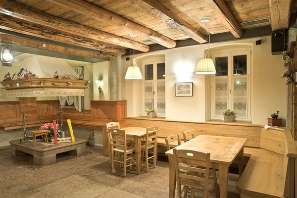 Photo of the bar Rooms + Apartments Locanda Tana de 'l Ors