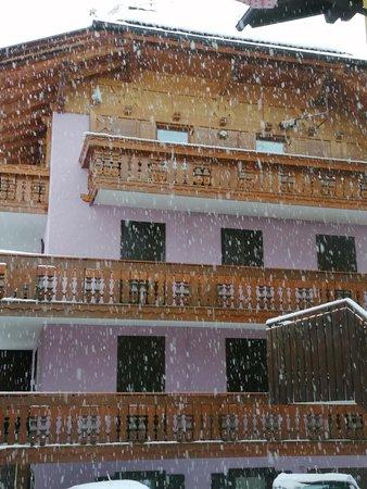 Foto esterno in inverno Casa March