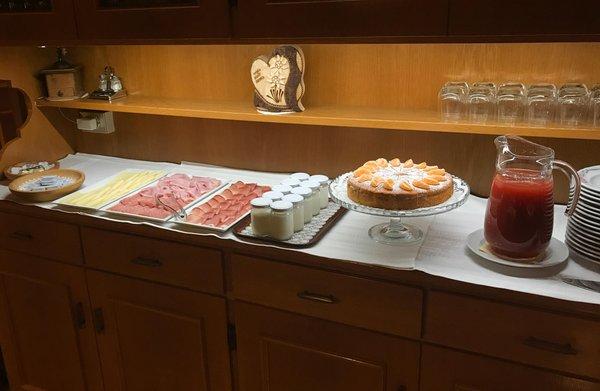 Das Frühstück Garni (B&B) + Ferienwohnungen La Vara