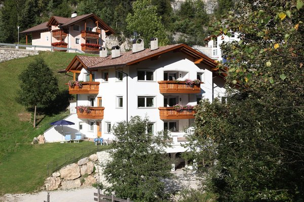 Foto estiva di presentazione Appartamenti Villa Otto