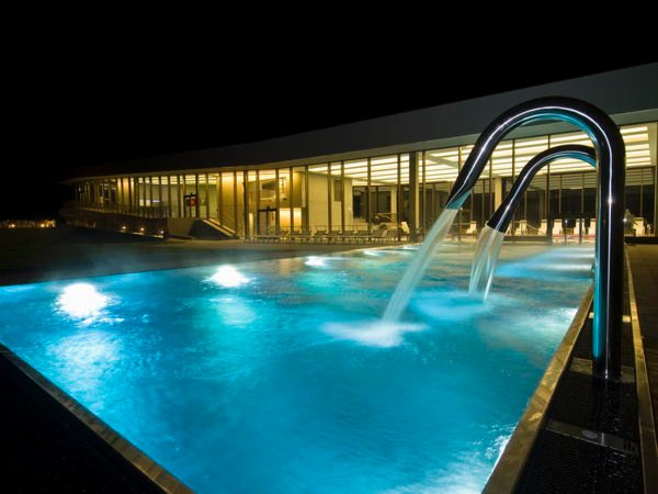 Presentation Photo Swimming Pool and Wellness Cascade