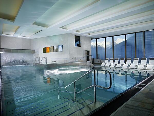 La piscina Cascade - Piscina e Wellness