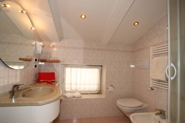 Foto del bagno Residence Angelika