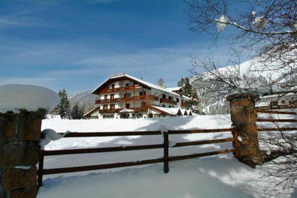 Foto invernale di presentazione Torretta - Hotel 3 stelle sup.