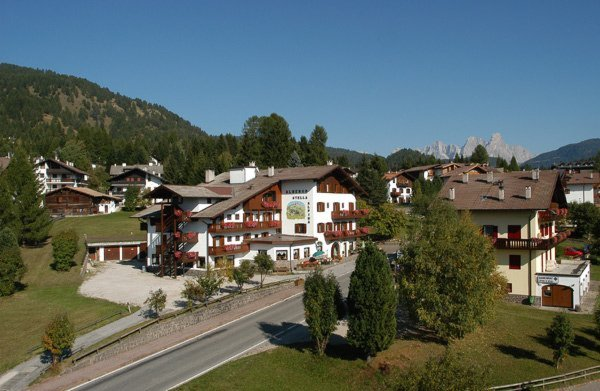 Foto estiva di presentazione Stella Alpina - Hotel 3 stelle