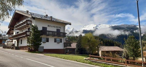 Foto estiva di presentazione Garni (B&B) Belvedere