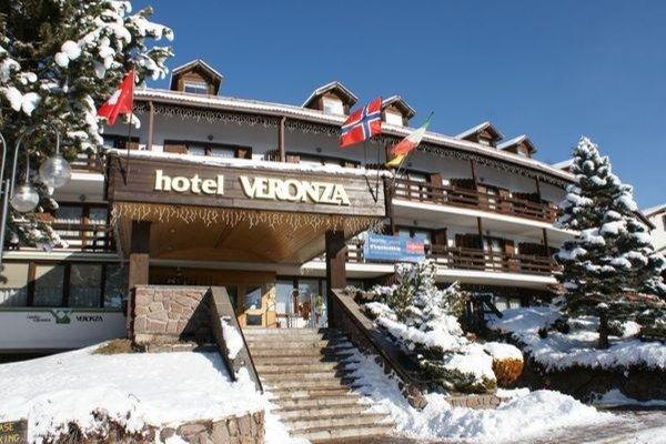 Foto invernale di presentazione Hotel + Residence Veronza