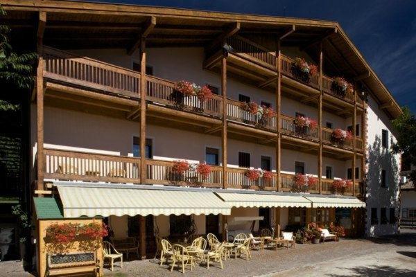 Summer presentation photo Hotel Bellaria