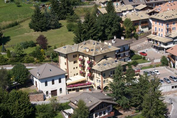 Lage Hotel Corona Carano (Val di Fiemme)