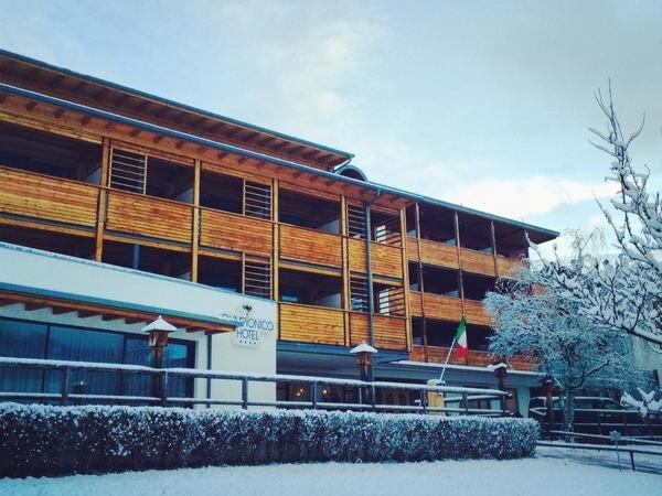 Foto invernale di presentazione Olimpionico - Hotel 4 stelle