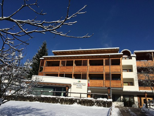 Foto esterno in inverno Olimpionico
