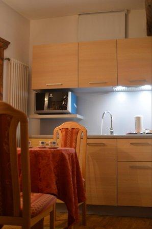 La zona giorno Hotel Ancora & Suites