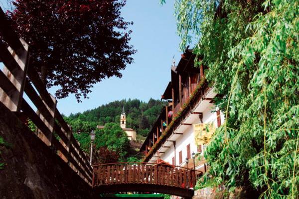 Foto estiva di presentazione Ancora - Hotel 4 stelle