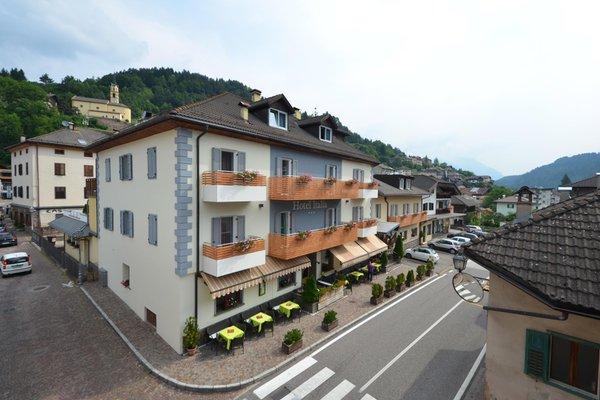 Foto estiva di presentazione Italia - Hotel 3 stelle sup.