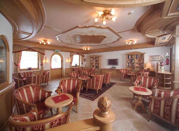 Die Hotelhalle