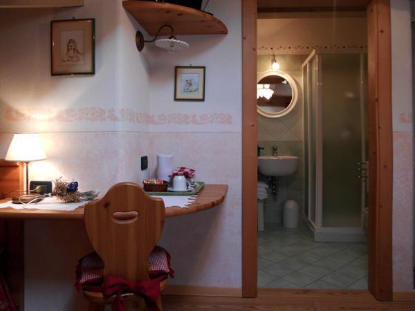 Photo of the bathroom B&B (Garni)-Hotel Salvanel