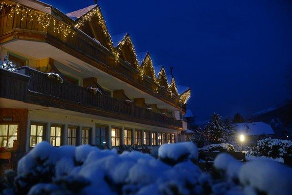 Foto invernale di presentazione Bellacosta Parkhotel - Hotel 4 stelle