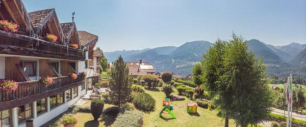 Photo exteriors in summer Bellacosta Parkhotel