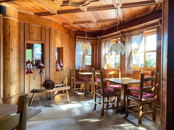 The restaurant Cavalese Bellacosta Parkhotel