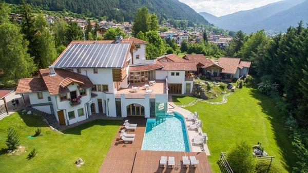 Summer presentation photo Hotel Castelir Suite Hotel