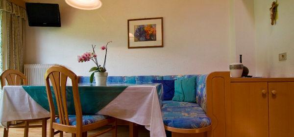 The living area Bosc da Plan - Apartments 2 flowers