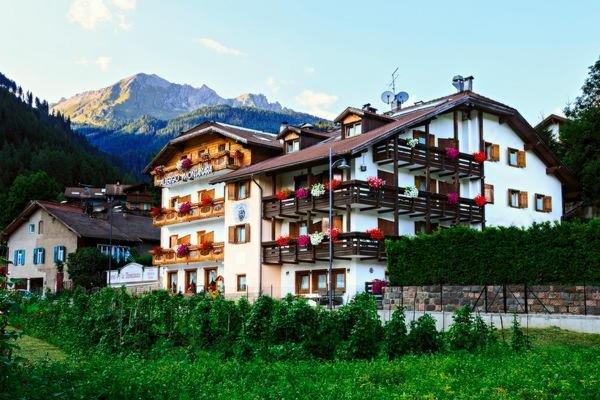 Foto estiva di presentazione Montanara - Hotel 3 stelle