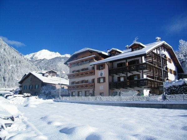 Foto invernale di presentazione Montanara - Hotel 3 stelle