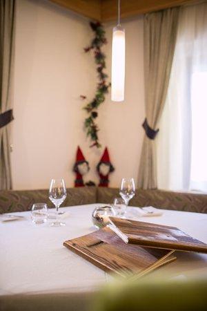 Il ristorante Tesero Al Cervo - Dolomites Experience