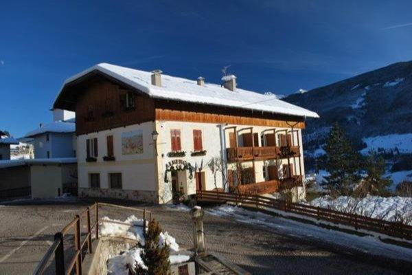 Foto invernale di presentazione Lucia - Albergo 2 stelle