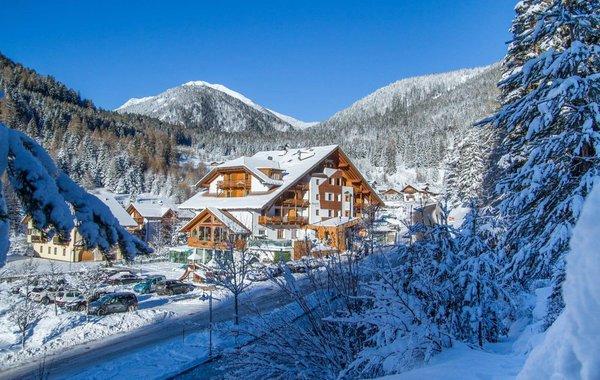 Foto invernale di presentazione Berghotel Miramonti - Hotel 4 stelle