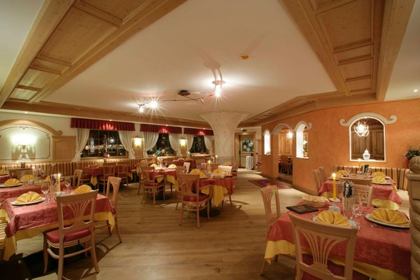 The restaurant Ziano di Fiemme Active Hotel Al Polo