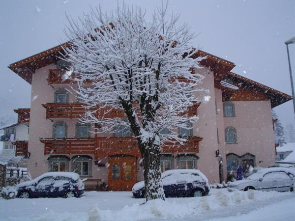 Winter Präsentationsbild Hotel Negritella