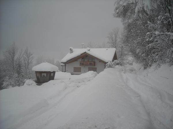 Foto invernale di presentazione Appartamento Nones
