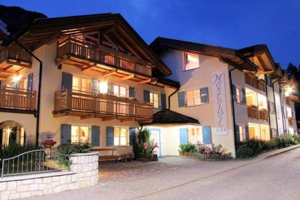 Foto estiva di presentazione Residence Montebel