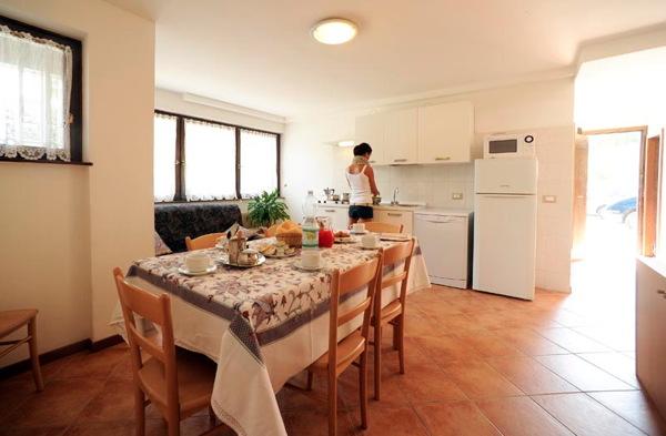 Foto della cucina Des Alpes