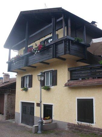 Foto estiva di presentazione Appartamento Antoniazzi Donatella