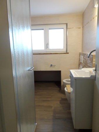 Foto del bagno Appartamento Bellante Adolfo e Giustino