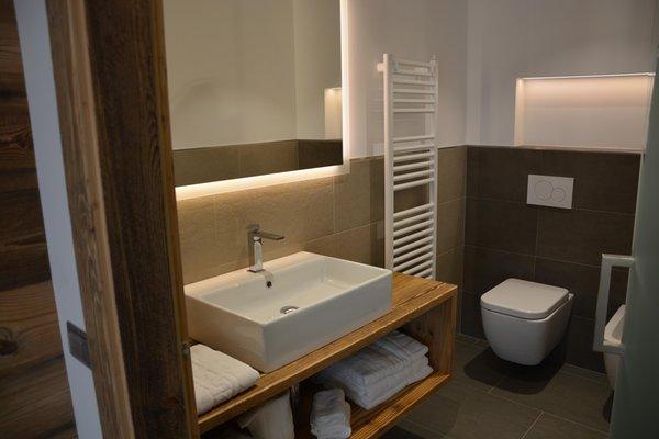 Foto del bagno B&B + Appartamenti Dolomites