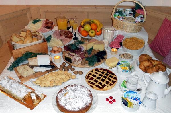 La colazione Affittacamere Famiglia Ceschini - Garni (B&B) 3 soli