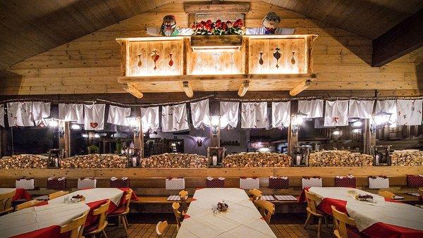 Il ristorante Varena La Baita