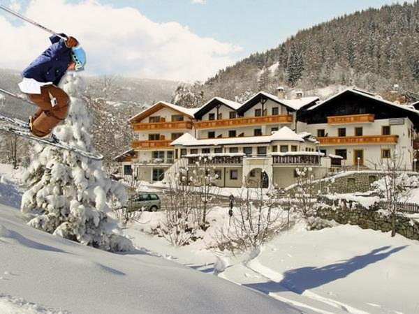 Foto invernale di presentazione Hotel Sonnenheim