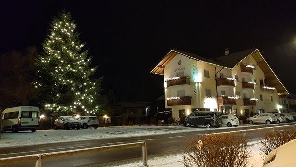 Foto Außenansicht im Winter Klammer