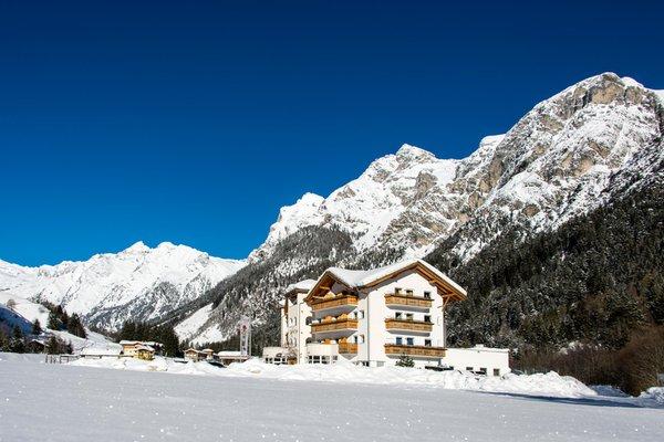 Foto invernale di presentazione Hotel Alpin
