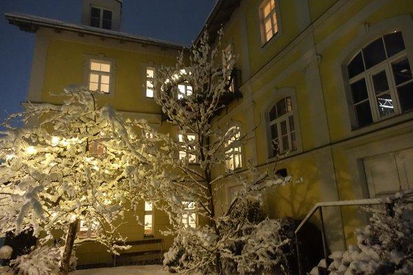 Photo exteriors in winter Apartments Zum Theater