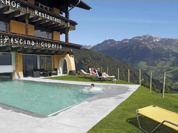 Hotel sporthotel kalcherhof racines valle isarco - Piscina bressanone prezzi ...